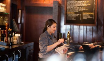 the best two way radios for restaurants